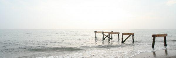 broken-dock-ocean
